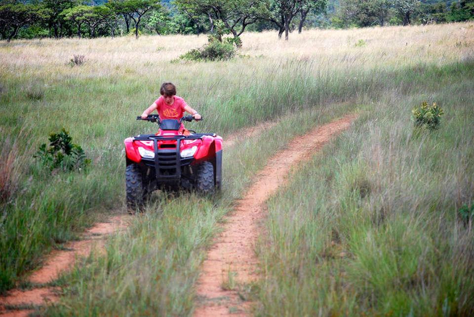 south-africa_waterberg_leobo-private-reserve_quad-biking_dsc_0612