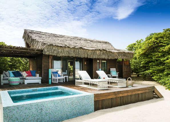 anantara_medjumbe_beach_villa_room_exterior-AMED_3441